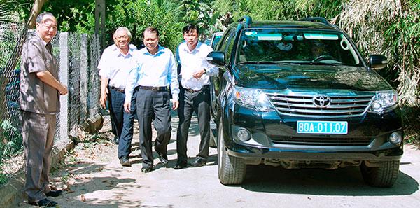 Phó Thủ Tướng VŨ VĂN NINH đến thăm Trại Rắn Mối KIỀU HOA